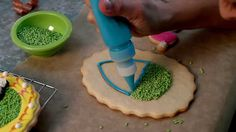 Sweet Dani B's Easter Diorama Cookie How-To