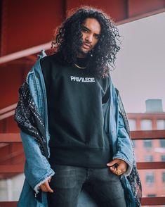 long curly hair for men / inspiration / curls / rizos / free the curls / men long curly hair / natural hair / cabelo cacheado masculino / cabelo cacheado longo