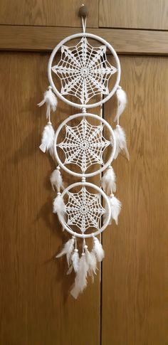 White Dreamcatcher, Crochet Dreamcatcher, Dream Catcher White, Crochet Projects, Lace, Crafts, Decor, Crochet Barbie Clothes, Free Crochet