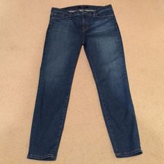 J Brand Straight Skinny Jeans Lots of stretch in these. Gorgeous jeans from J Brand! Sz 31/12. Ankle length. J Brand Jeans Skinny