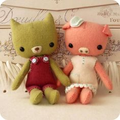 Pocket Pals - Piggy and Kitty PDF Pattern. Must make these for Analeigh!