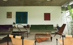 Midcentury furnishings and Brutalist architecture at the Katinsky House via: Miss Moss blog
