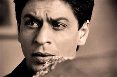 Best eyes in the business #Bollywood #SRK #Shahrukh