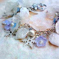 Snowflake bracelet - Náramek s vločkami Snowflakes, Charmed, Bracelets, Jewelry, Jewlery, Snow Flakes, Jewerly, Schmuck, Jewels