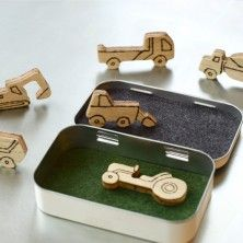 altoid box toy-so fun! cute gift for the boys.