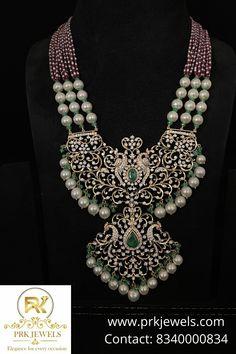 Gold Temple Jewellery, Gold Jewellery Design, Bead Jewellery, Diamond Necklace Set, Diamond Pendant, Diamond Jewelry, Beaded Jewelry Designs, Gold Earrings Designs, Like4like
