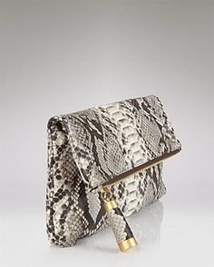 hint of snakeskin, i could do that! MK <3
