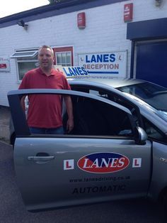 Driving School in Kent, London. Contact experts at http://lanesschoolofdriving.co.uk for driving lessons in Kent at affordable cost.