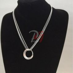 Colier slogan Live Love Laugh Live Love, Slogan, Silver, Jewelry, Fashion, Moda, Jewlery, Jewerly, Fashion Styles