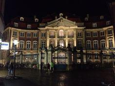 Nächtlicher Erbdrostenhof in Münsters City