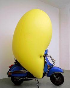 Hans Hemmert (yellow sculpture fitting to vespa), 1998 Vespa, Contemporary Sculpture, Contemporary Art, Kitsch, Yellow Balloons, Sculpture Painting, Soft Sculpture, Latex Balloons, Land Art