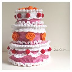 #crochet cake so cute!
