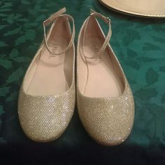 Gold Glittery flats Worn once. Like new rouge Shoes Flats & Loafers