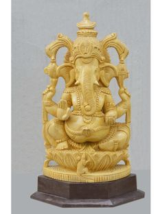 Beautifull Carving Of Ganesha In White Cedar Wood,Lord Ganesha In White Cedar Wooden Statue Wooden Statues, Wooden Figurines, Wooden Art, Wooden Decor, White Cedar, White Wood, Lord Shiva Hd Wallpaper, Branch Decor, Wall Maps