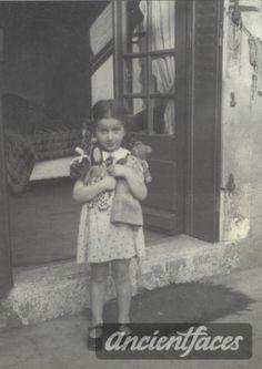 Jacqueline Bernheim Nationality: Jewish (White/Caucasian) Residence: Brussels, Belgium Death: 1944 Cause: Murdered in Auschwitz (buried in Auschwitz death camp) Age: 6 years old