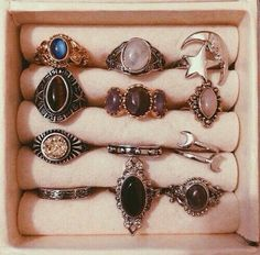 Ainiya Fashion Stackable Rings Set Vintage Silver Midi Rings for Women – Jewelry & Gifts Hippie Stil, Estilo Hippie, Boho Hippie, Cute Jewelry, Jewelry Box, Jewelry Accessories, Jewelry Rings, Hipster Jewelry, Funky Jewelry