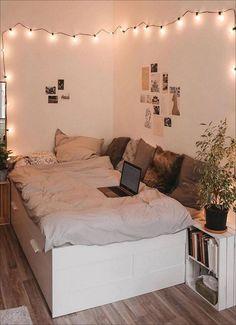 Brilliant Dorm Room Decor Ideas With Small Space Hacks « Room Ideas Bedroom, Cozy Bedroom, Bedroom Decor, Bedroom Designs, Bed Room, Girls Bedroom, Single Bedroom, Wall Decor, Bedroom Red