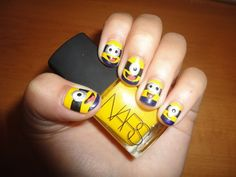 Top 35 Cutest Minion Nail Art Designs #naildesignideaz #naildesign #nailart #minionnailart ♥ If you enjoyed my pin, pls visit us at http://naildesignideaz.com/ ♥