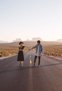 Monument valley was a success, arizona is something else entirely couple photography poses, clothing