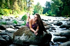 Love these colors! Senior pictures