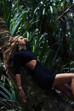 We had one of our Most Amazing Trips yet, Our recent Trip to KAUAI to shoot this Editorial was Magical as you can see in our photos! Shot by: Mary Meyska Mod Taylor Hill, Kendall Jenner, Fashion Models, High Fashion, Fashion Black, Jungle Life, Sophisticated Dress, Portraits, Photoshoot Inspiration