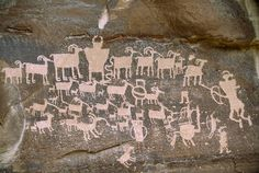 ✮ A close view of a petroglyph found in Nine Mile Canyon