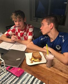 You are my everything Martinus Gunnarsen CZ - - 8 - - Wattpad Cute Twins, Cute Boys, Best Late Night Snacks, L Love You, My Love, Dream Boyfriend, Mood Instagram, Love U Forever, You Are My Everything