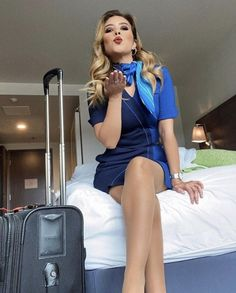 Air Hostess Uniform, Cool Tights, Business Outfits Women, Tan Pantyhose, Nylons, Pinup Girl Clothing, Girls Uniforms, Great Legs, Flight Attendant