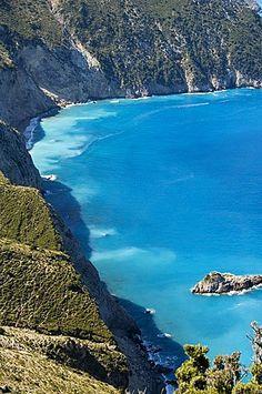 Vista de la costa cerca de Assos, Kefalonia (Cefalonia), Islas Jónicas, Grecia, Europa