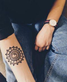 Henna mandala flower by Henna Vagabond