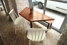 Little chevron table and chairs - Le Mary Celeste