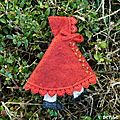 Pin Cushions, Dressmaking, Decorative Bells, Embellishments, Free Pattern, Photos, Couture, Embroidery, Christmas Ornaments