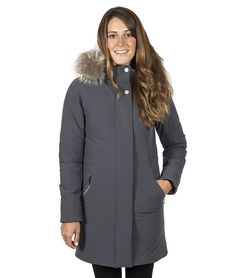 Audvik - Manteau Monaco disponible en taille 14 et 16 - prix régulier 500,00$