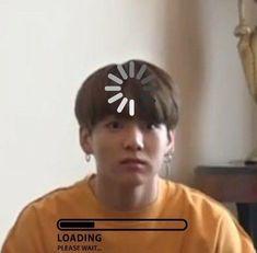 K Pop, Bts Memes Hilarious, Cute Memes, Bts Meme Faces, Funny Faces, Bts Pictures, Reaction Pictures, Jungkook Funny, Reaction Face