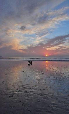 Beautiful Carmel, CA sunset. Zippertravel.com Digital Edition