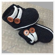 (Crochet Baby Booties Boys) - 34 trendy ideas for crochet baby boy socks ideas Crochet Baby Socks, Crochet Baby Sandals, Crochet Boots, Crochet Baby Clothes, Crochet For Boys, Boy Crochet, Crochet Cap, Baby Boy Booties, Baby Boy Shoes