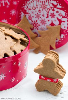 make them this weekend! Christmas Tree Cookies, Christmas Tea, Christmas Kitchen, Christmas Gingerbread, Christmas Baking, Gingerbread Cookies, Biscuits, Xmas Food, Seasonal Food
