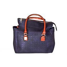 Τσάντα με ανάγλυφη διακόσμηση http://xfashion.gr/index.php?route=product/product&path=105_110&product_id=746