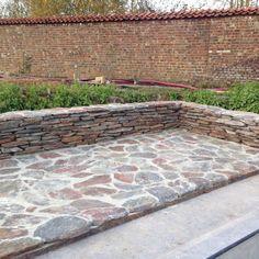 Gestapelde Natuurstenen Muren maken met vlakke Flagstones! Foto's Sidewalk, Patio, Outdoor Decor, Decks, Home Decor, Garden, Pictures, Decoration Home, Garten