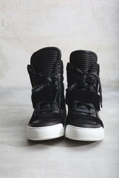 Balmain Black Ribbed Leather and Suede High-Top Suede Sneakers 321b00af1