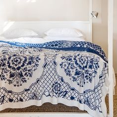 Babylonstoren is one of the oldest Cape Dutch farms. Blue Throws, Cotton Throws, Knitted Throws, Delft, Linen Bedroom, Comforters, Blanket, Pattern, Inspiration