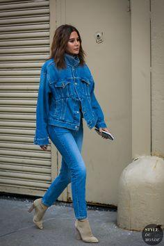 New York Fashion Week осень-зима - street style Looks Street Style, Street Style 2017, Street Chic, Clothing Photography, Fashion Photography, Autumn Photography, Denim Fashion, Fashion Outfits, Style Fashion