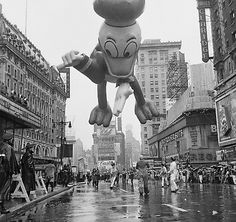 1962 Donald Duck - Heavy rain filled the brim of Donald Duck's hat in 1962, causing the character to tip over and dump 50 gallons of water on unamused onlookers.