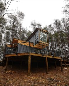 Hocking Hills shipping container cabin is Ohio's coolest getaway Shipping Container Sheds, Cargo Container Homes, Shipping Container Home Designs, Building A Container Home, Container Buildings, Container Architecture, Container House Plans, Sustainable Architecture, Container Store