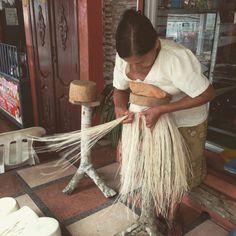 #authenticpanamahat #handwoven #montecristi #ecuador #fashion #style #art