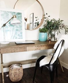 Get the home office design you've ever wanted with these home office design ideas! Feel inspired by the unique ways you can transform your home office! Home Office Design, Home Office Decor, House Design, Office Designs, Office Style, California Home Decor, California Homes, Home Interior, Interior Design