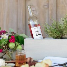Make this chic centerpiece with cement! Never worry about anything blowing over…