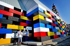 Bunte Architektur: Im niederländischen Enschede gehen derzeit auch Kinder…
