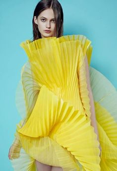 The gorgeous Elise Esseboom looks flawless in yellow for David Laport. See the full collection here... http://buff.ly/1tEj9bj  #thehivemodels #eliseesseboom #davidlaport