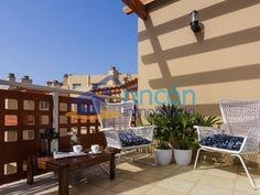 Último piso de 2 dormitorios en La Tejita, Tenerife: 90 m2 con vista al mar a 170.000 €